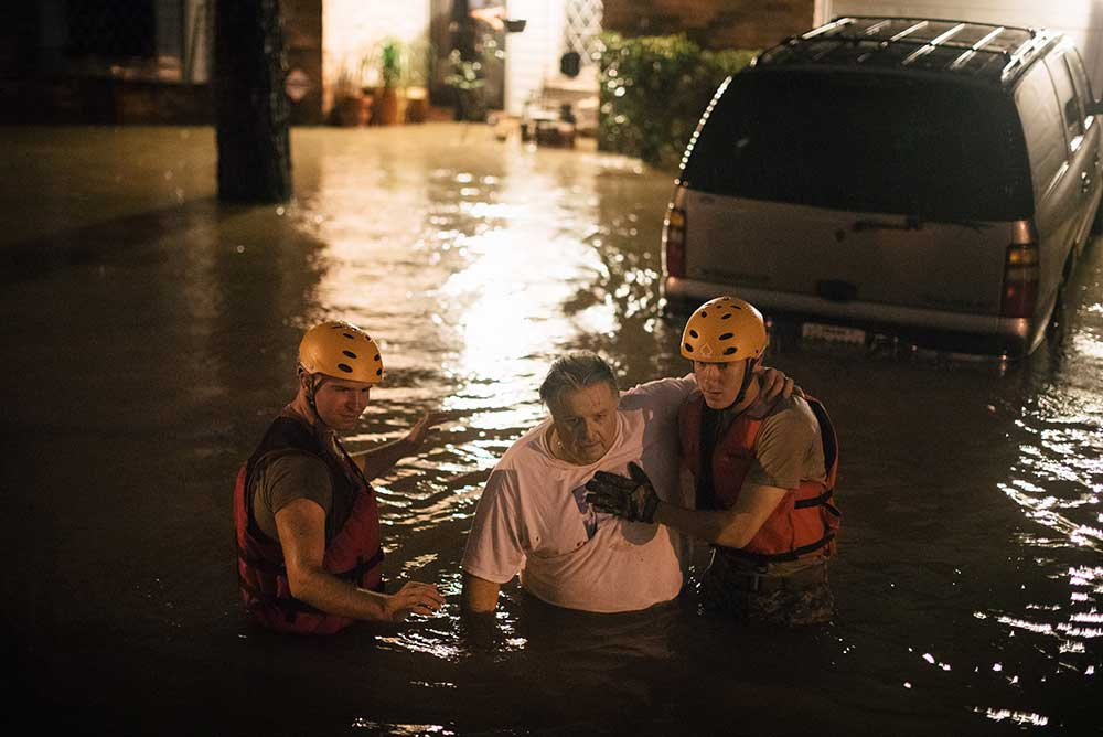National Guard members helping evacuation in Katy, Texas, 2017.